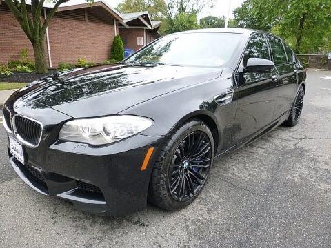 Black Sapphire Metallic 2013 BMW M5 Sedan