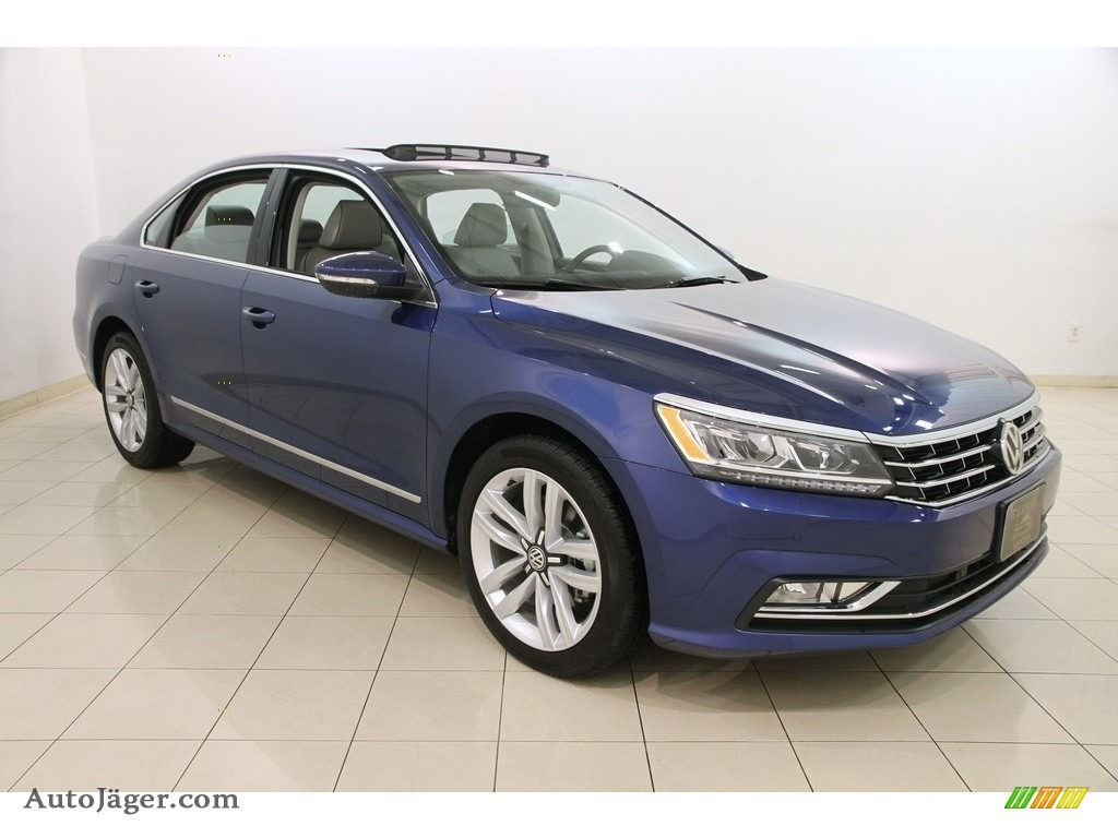 2017 volkswagen passat se sedan in reef blue metallic 024837 auto j ger german cars for. Black Bedroom Furniture Sets. Home Design Ideas