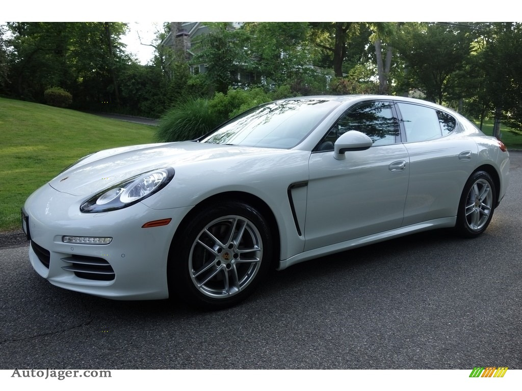 2014 Panamera 4 - White / Black photo #1