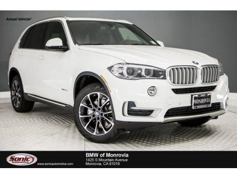 Mineral White Metallic 2017 BMW X5 sDrive35i