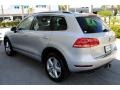 Volkswagen Touareg V6 Lux 4Motion Cool Silver Metallic photo #6