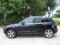 Audi Q5 3.2 quattro Brilliant Black photo #11