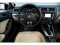 Volkswagen Jetta SEL Sedan Black photo #4