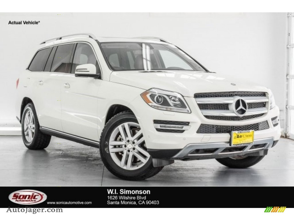 Diamond White Metallic / Almond Beige Mercedes-Benz GL 450 4Matic