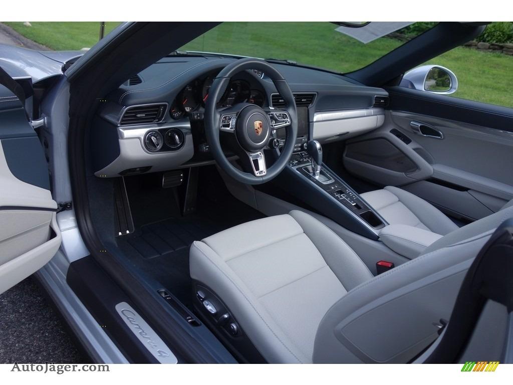 2017 911 Carrera 4 Cabriolet - Rhodium Silver Metallic / Graphite Blue/Chalk photo #10