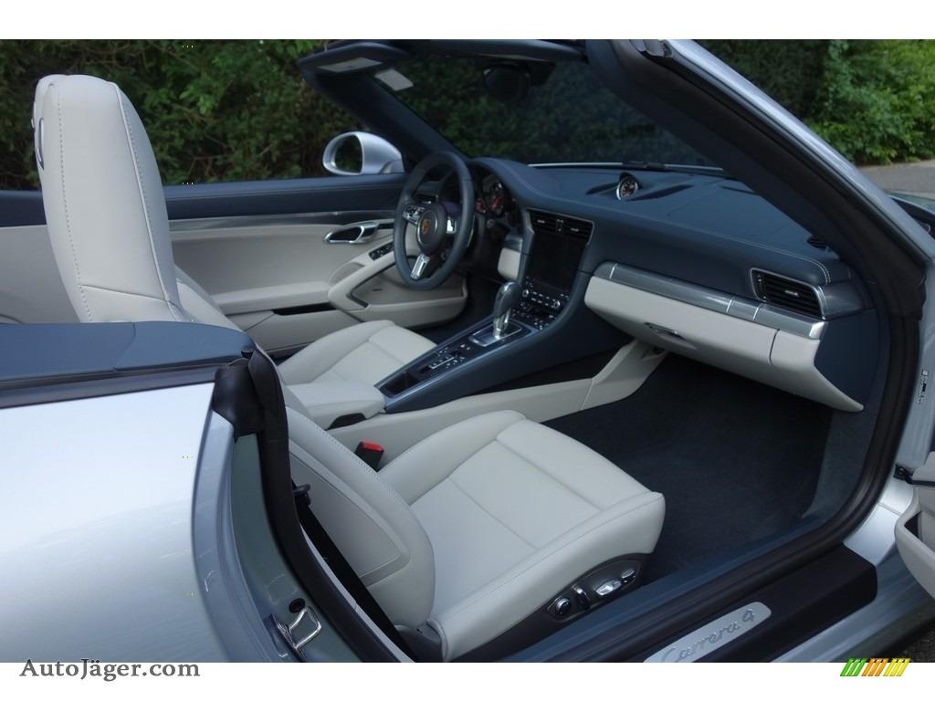 2017 911 Carrera 4 Cabriolet - Rhodium Silver Metallic / Graphite Blue/Chalk photo #14