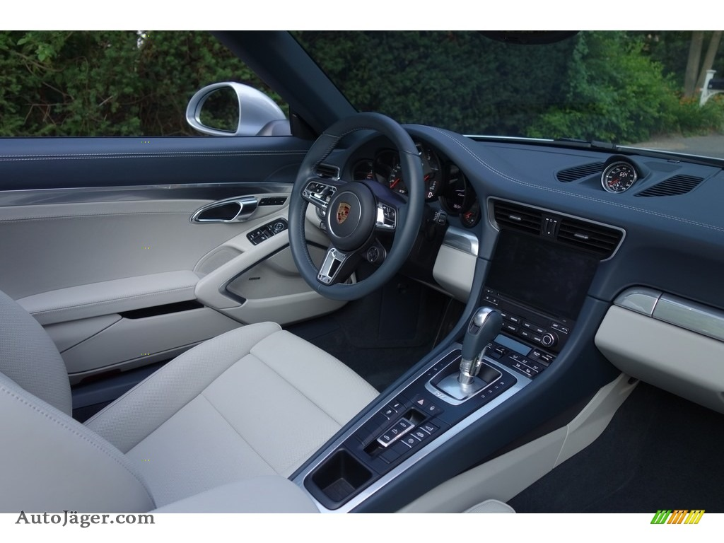 2017 911 Carrera 4 Cabriolet - Rhodium Silver Metallic / Graphite Blue/Chalk photo #16