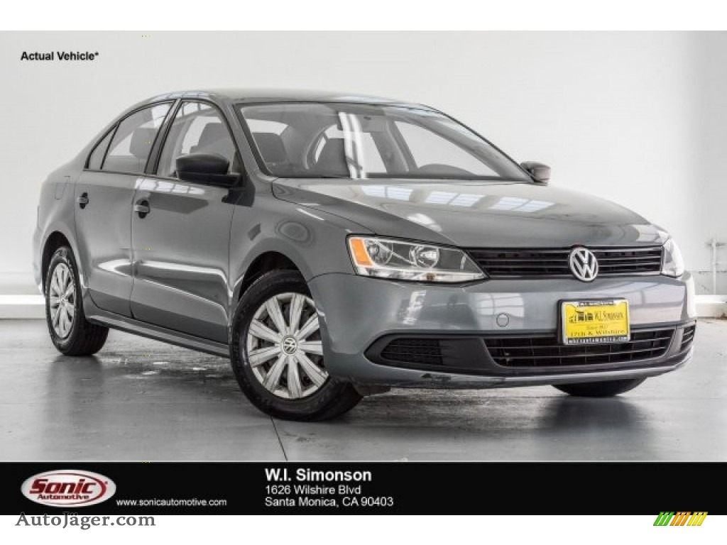 2011 Jetta S Sedan - Platinum Gray Metallic / Titan Black photo #1