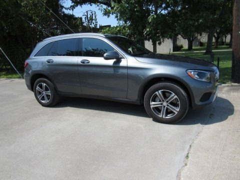 Selenite Grey Metallic 2017 Mercedes-Benz GLC 300