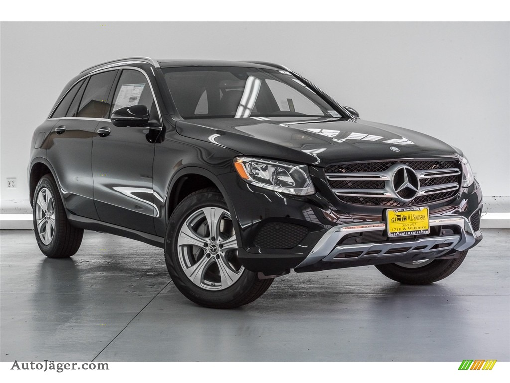 2018 GLC 300 - Black / Black photo #12