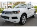 Volkswagen Touareg V6 Lux 4Motion Pure White photo #5