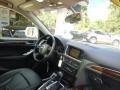 Audi Q5 3.2 quattro Ice Silver Metallic photo #12