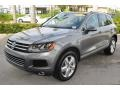 Volkswagen Touareg V6 Lux 4Motion Canyon Gray Metallic photo #4
