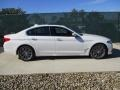 BMW 5 Series 540i xDrive Sedan Alpine White photo #2