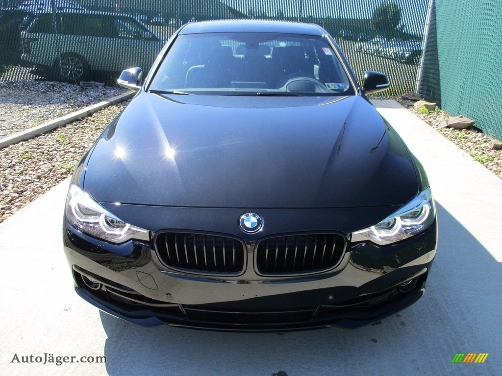 2018 3 Series 330i xDrive Sedan - Jet Black / Black photo #7