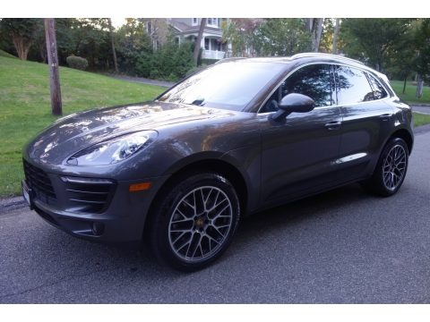 Agate Grey Metallic 2016 Porsche Macan S