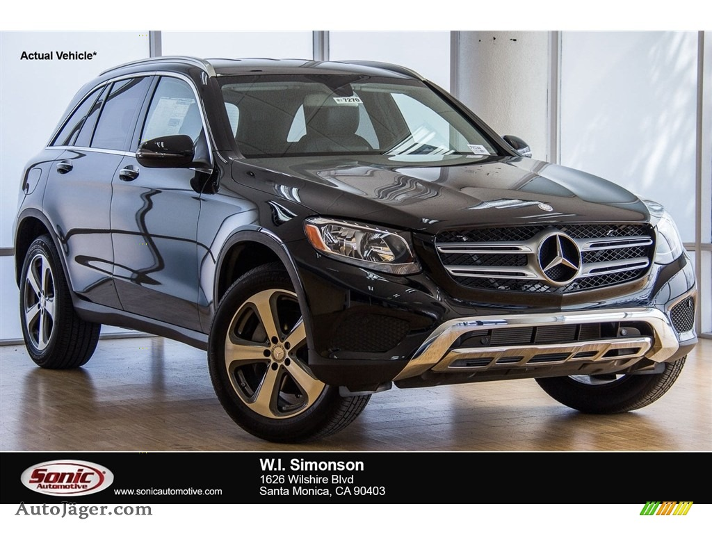 2018 GLC 300 4Matic - Black / Black photo #1