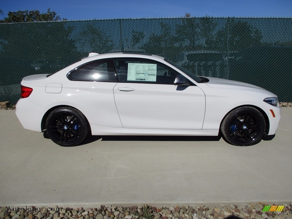 2018 2 Series M240i xDrive Coupe - Alpine White / Black photo #2