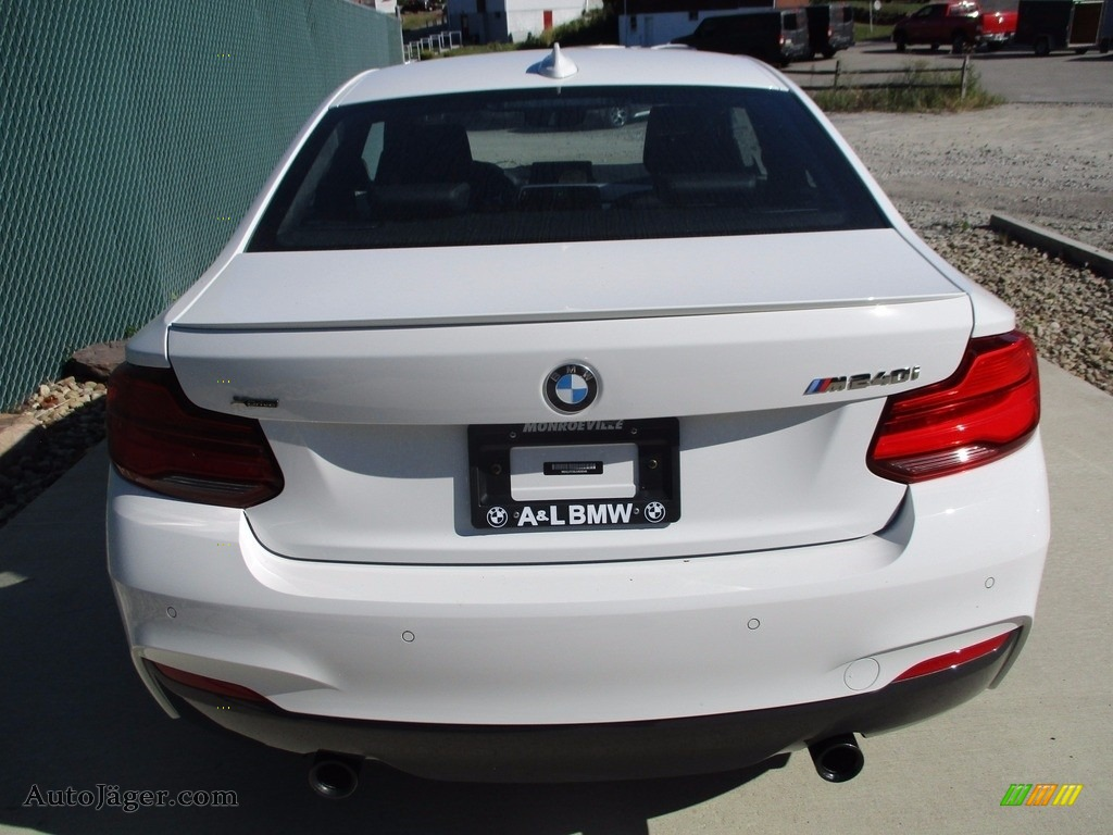 2018 2 Series M240i xDrive Coupe - Alpine White / Black photo #4