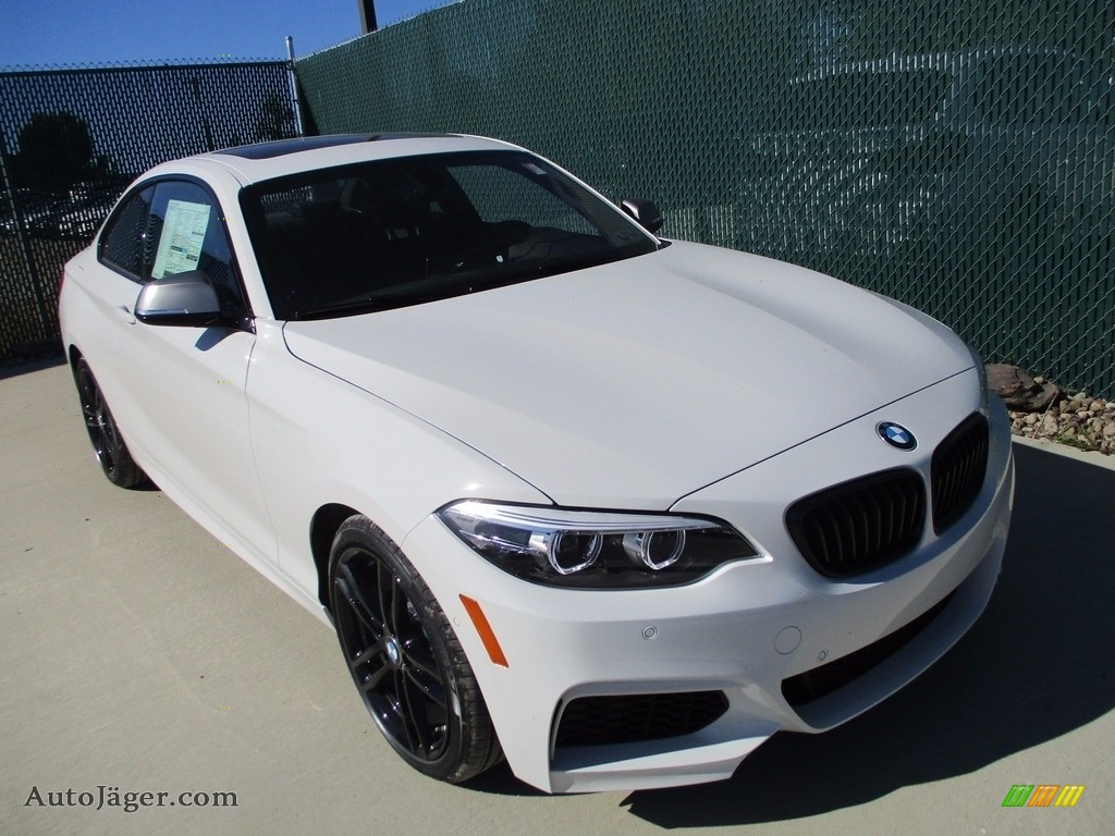 2018 2 Series M240i xDrive Coupe - Alpine White / Black photo #6