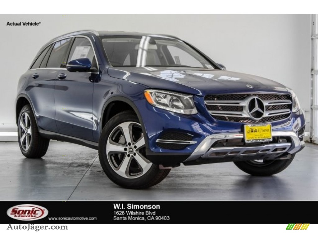 2018 GLC 300 - Brilliant Blue Metallic / Silk Beige/Black photo #1