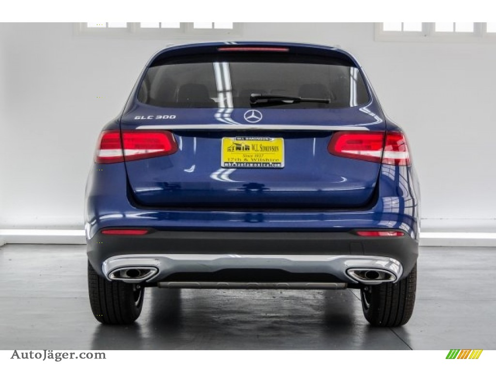 2018 GLC 300 - Brilliant Blue Metallic / Silk Beige/Black photo #4