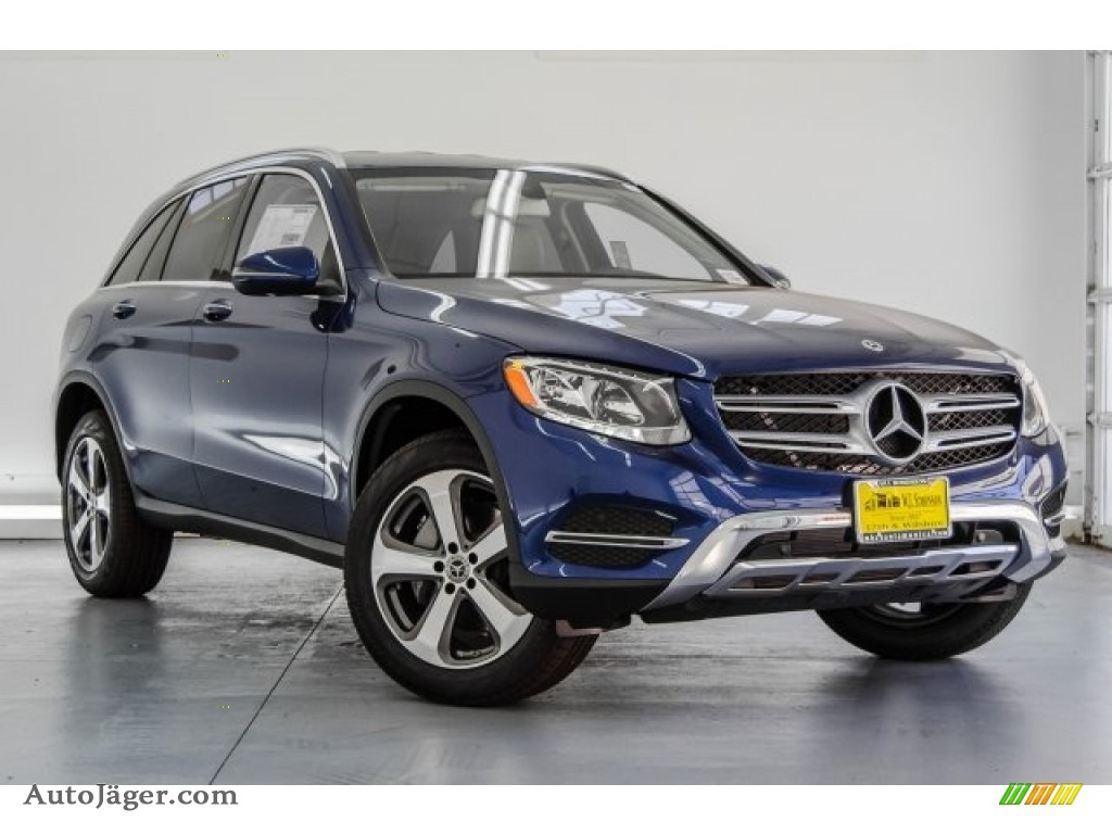 2018 GLC 300 - Brilliant Blue Metallic / Silk Beige/Black photo #12
