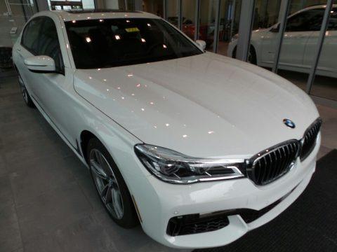 Alpine White 2018 BMW 7 Series 750i xDrive Sedan
