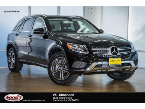 Black 2018 Mercedes-Benz GLC 300