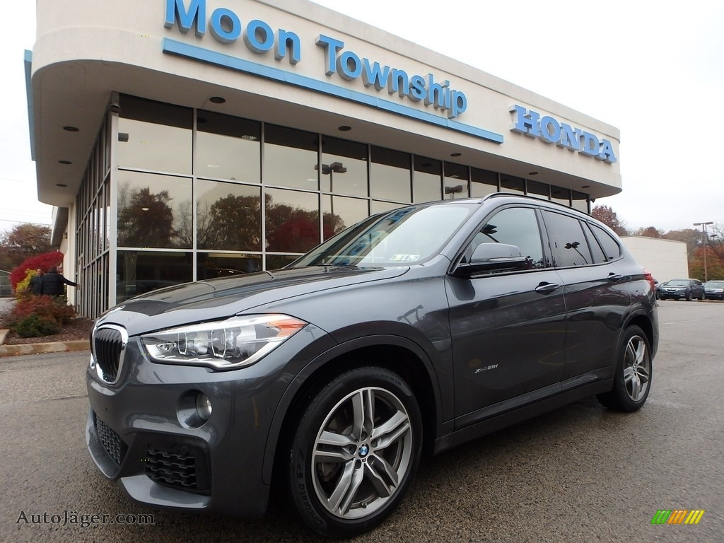 2016 X1 xDrive28i - Mineral Grey Metallic / Black photo #1