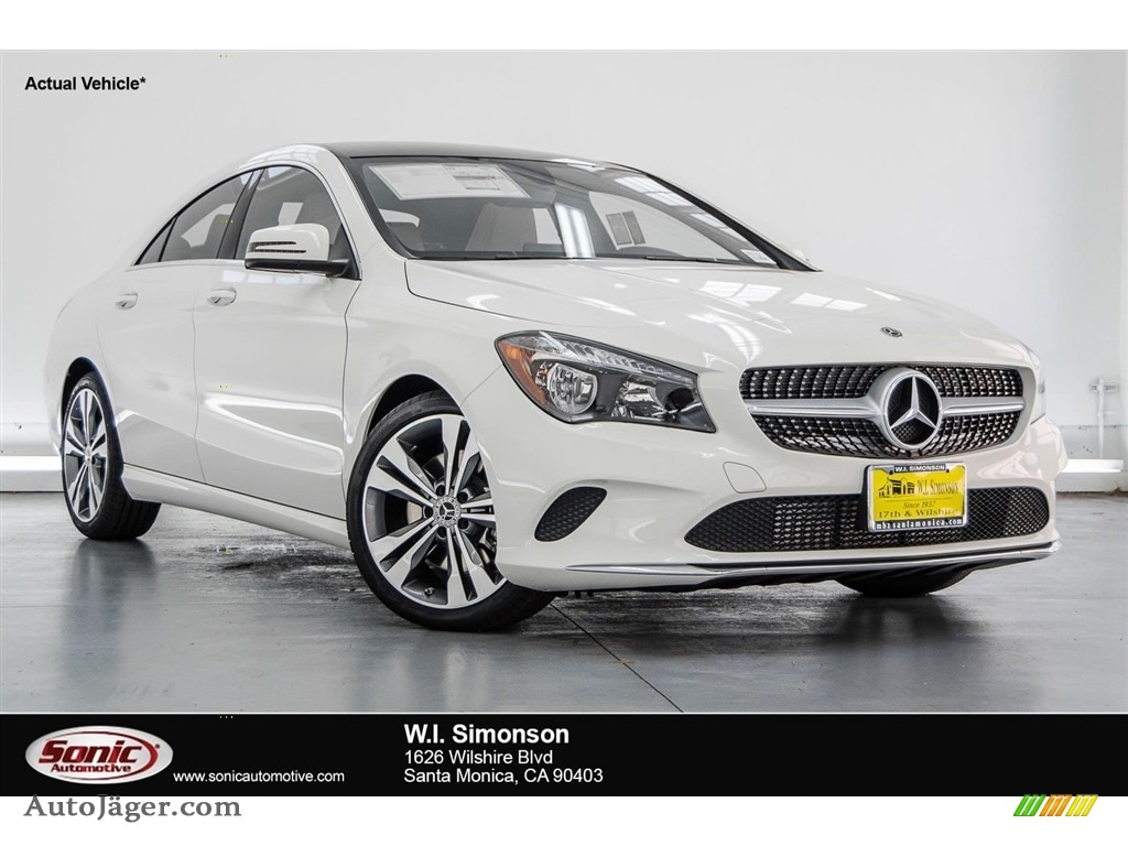 2018 CLA 250 Coupe - Cirrus White / Crystal Grey photo #1