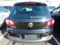Volkswagen Tiguan SE 4Motion Deep Black Metallic photo #3