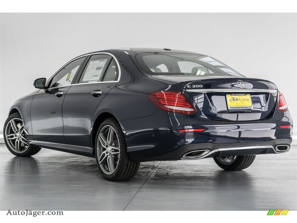 2018 E 300 Sedan - Lunar Blue Metallic / Macchiato Beige/Black photo #3