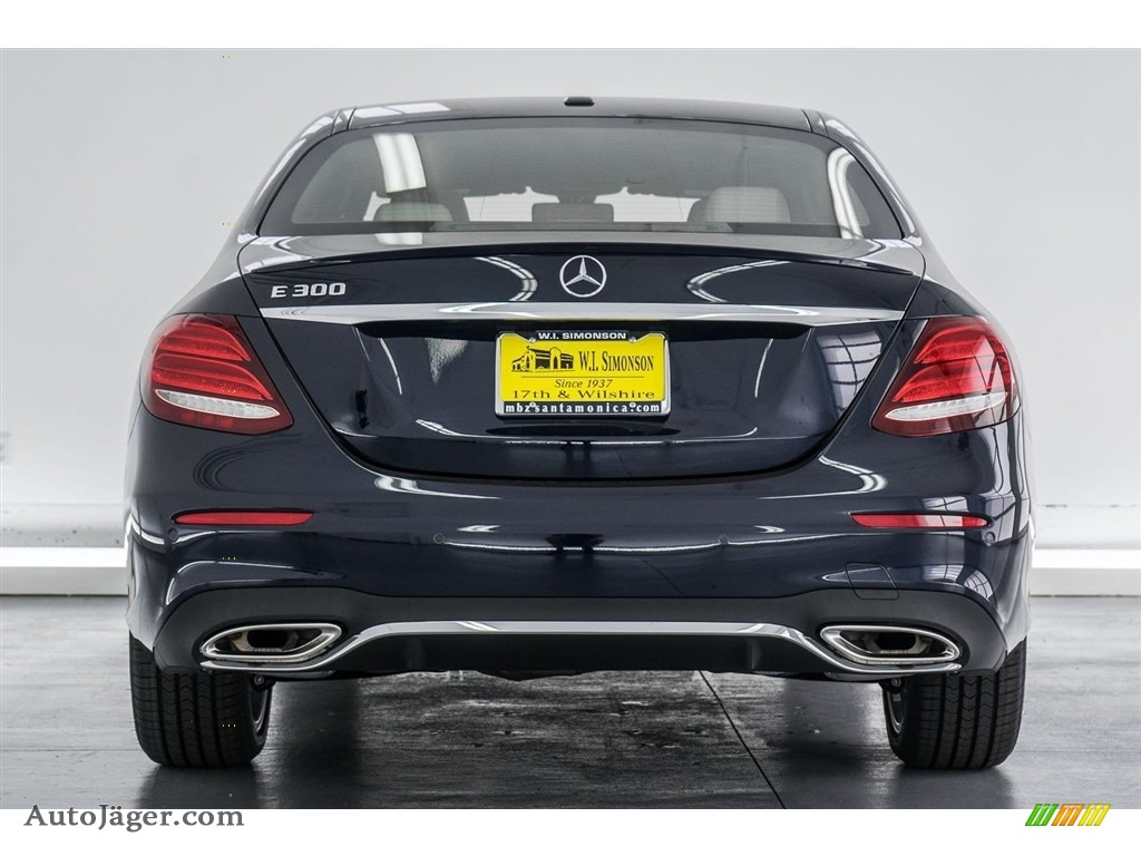 2018 E 300 Sedan - Lunar Blue Metallic / Macchiato Beige/Black photo #4