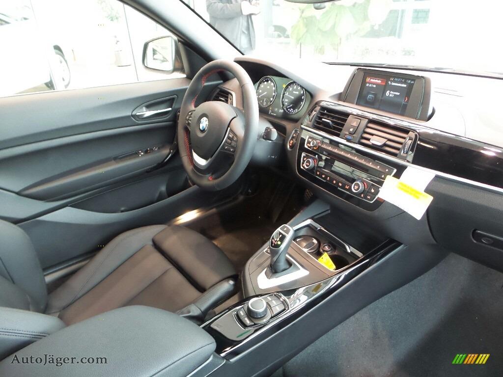 2018 2 Series 230i xDrive Coupe - Jet Black / Black photo #5