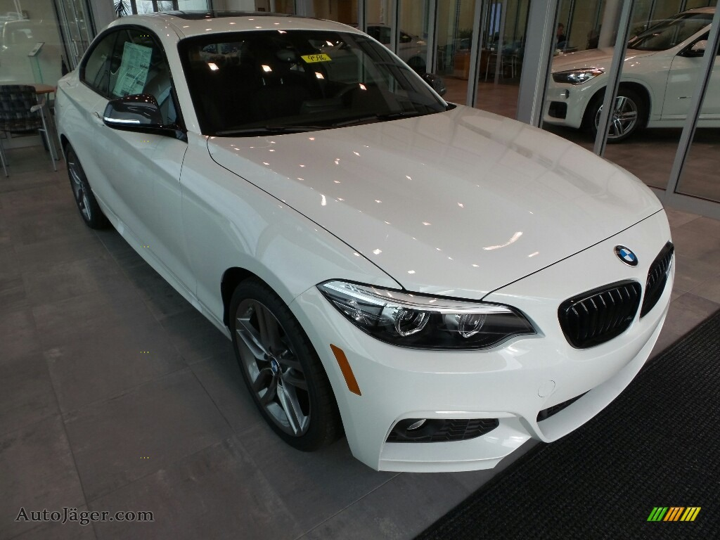 Alpine White / Black BMW 2 Series 230i xDrive Coupe