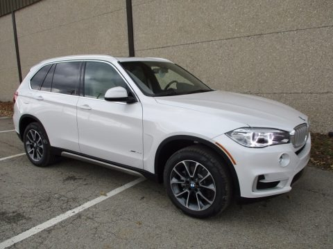 Mineral White Metallic 2018 BMW X5 xDrive35i