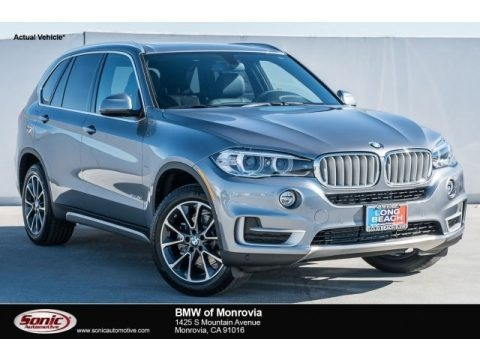 Space Gray Metallic 2018 BMW X5 sDrive35i