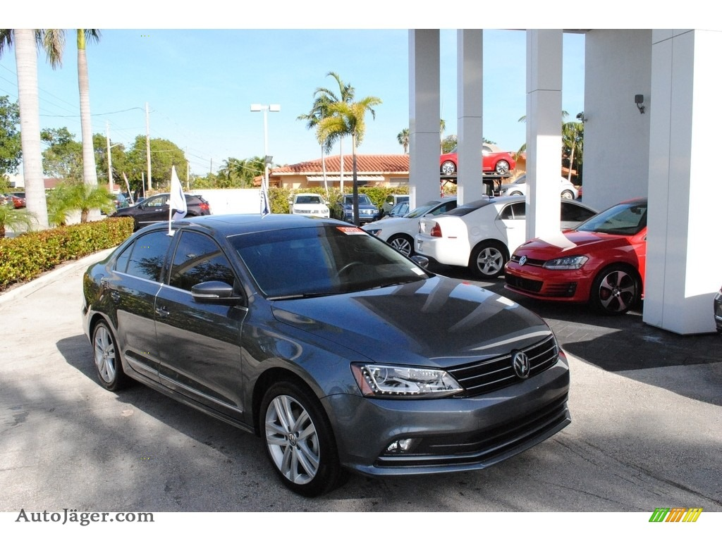 2017 Jetta SEL - Platinum Gray Metallic / Titan Black photo #1