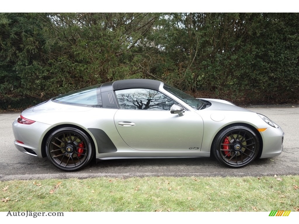 2017 911 Targa 4 GTS - GT Silver Metallic / Black photo #7
