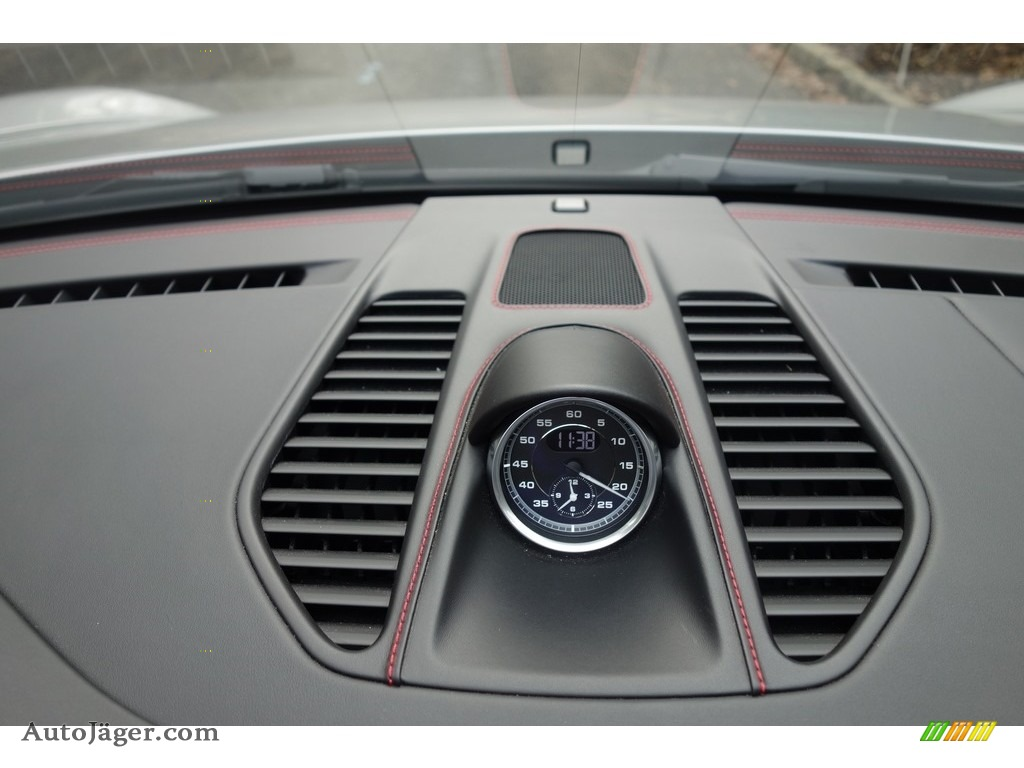 2017 911 Targa 4 GTS - GT Silver Metallic / Black photo #19