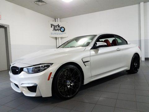 Mineral White Metallic 2018 BMW M4 Convertible