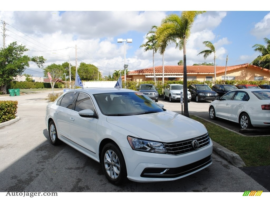 2017 Passat S Sedan - Pure White / Cornsilk Beige photo #1