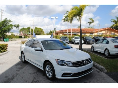Pure White 2017 Volkswagen Passat S Sedan