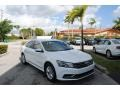 Volkswagen Passat S Sedan Pure White photo #1