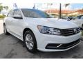 Volkswagen Passat S Sedan Pure White photo #2
