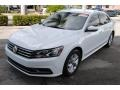 Volkswagen Passat S Sedan Pure White photo #4