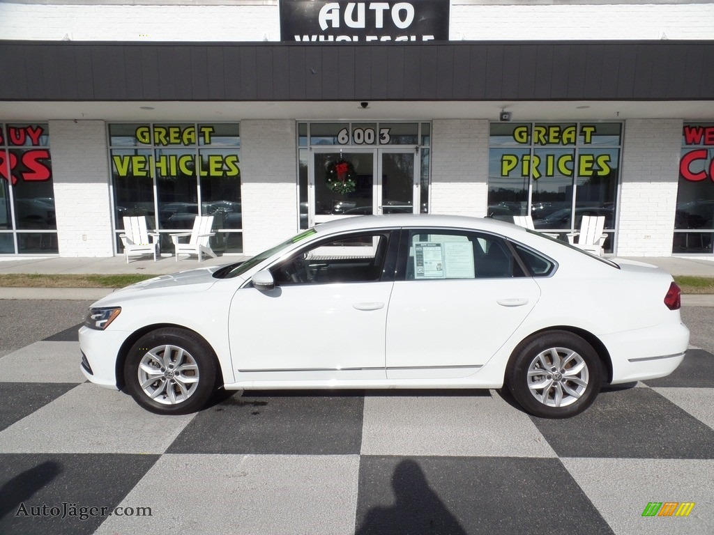 Pure White / Titan Black Volkswagen Passat S Sedan