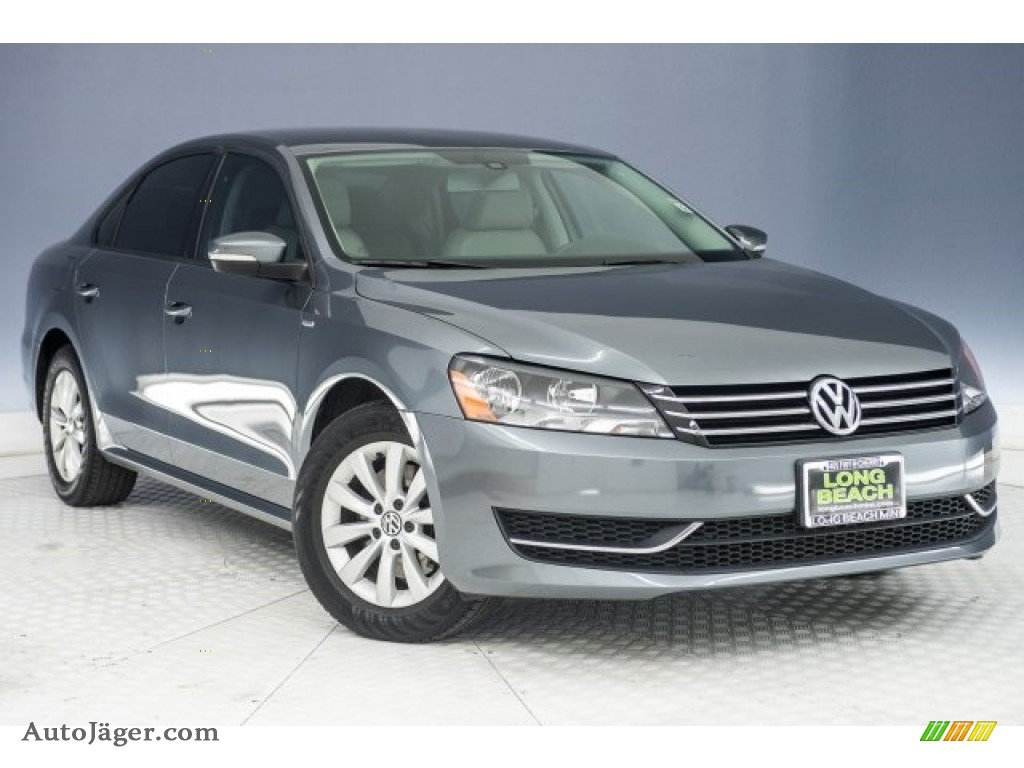 2013 Passat 2.5L S - Platinum Gray Metallic / Titan Black photo #12
