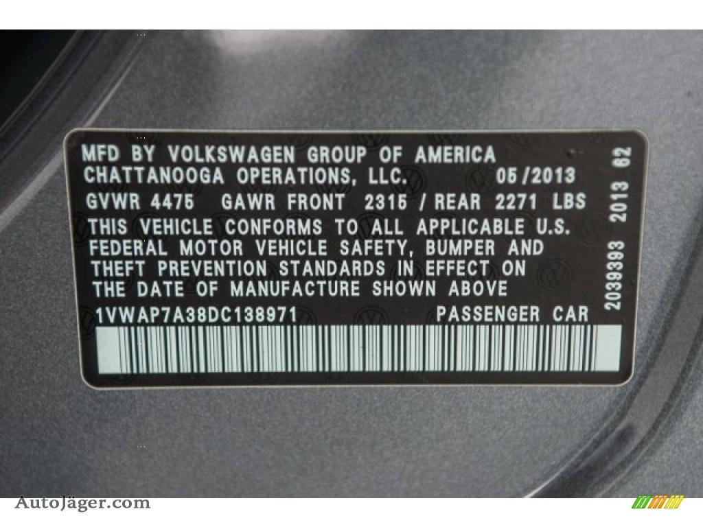 2013 Passat 2.5L S - Platinum Gray Metallic / Titan Black photo #17